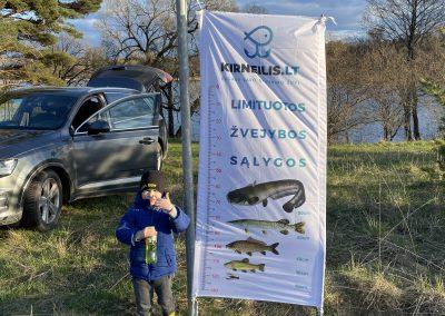 Liniuotė žuvies matavimui
